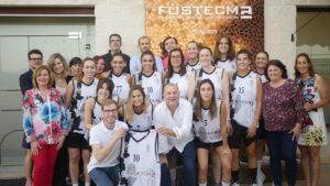 P1040334 300x169 - Visita del equipo Fustecma Nou Bàsquet Femení a nuestras instalaciones