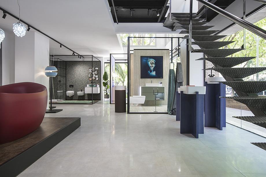 FUSTECMA colabora en la realización del showroom de VILLEROY & BOCH, premiado a mejor showroom del año por la revista INTERIORES