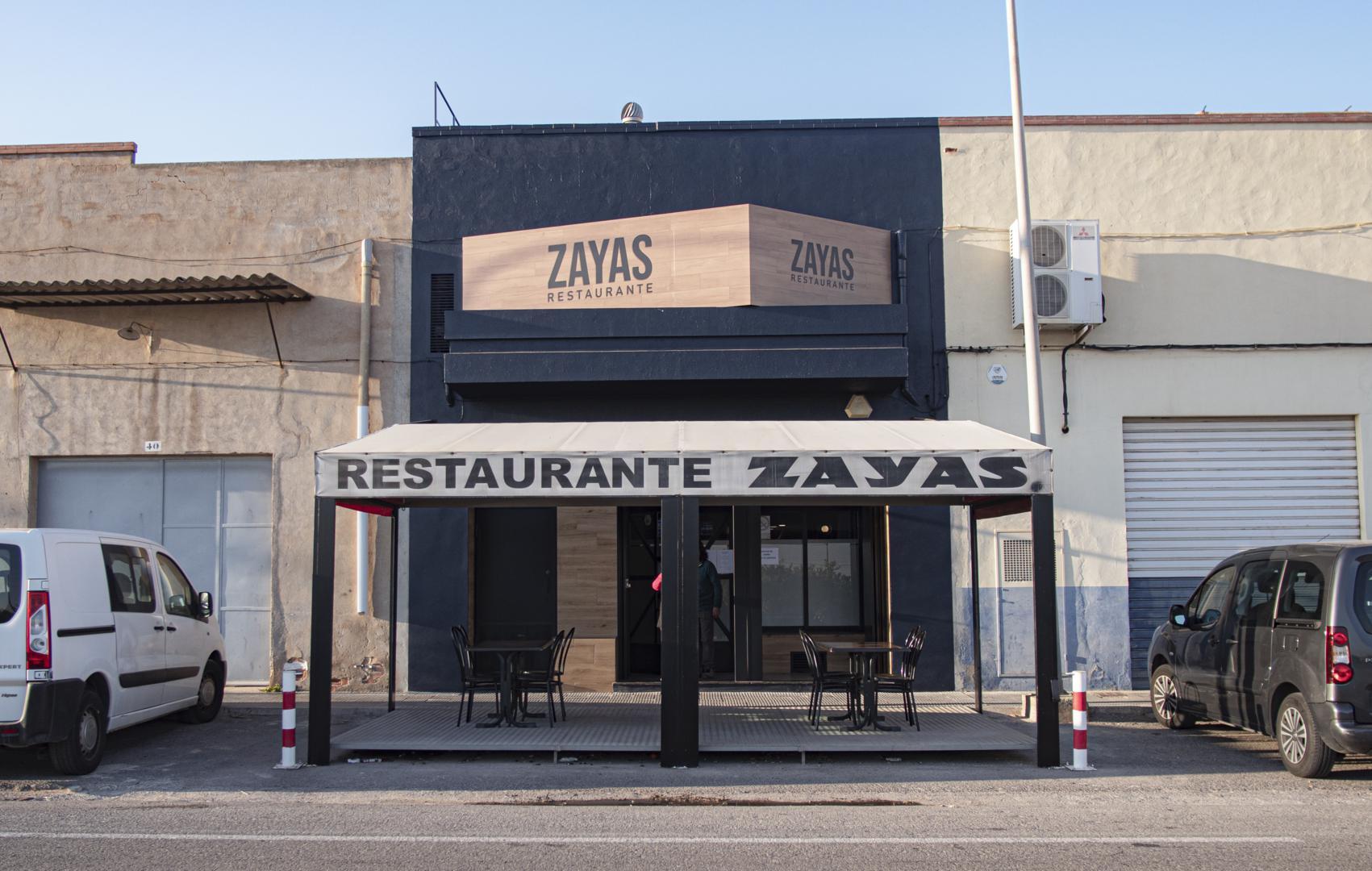 P1040677 1701x1080 - Reforma Restaurante ZAYAS - La Vilavella
